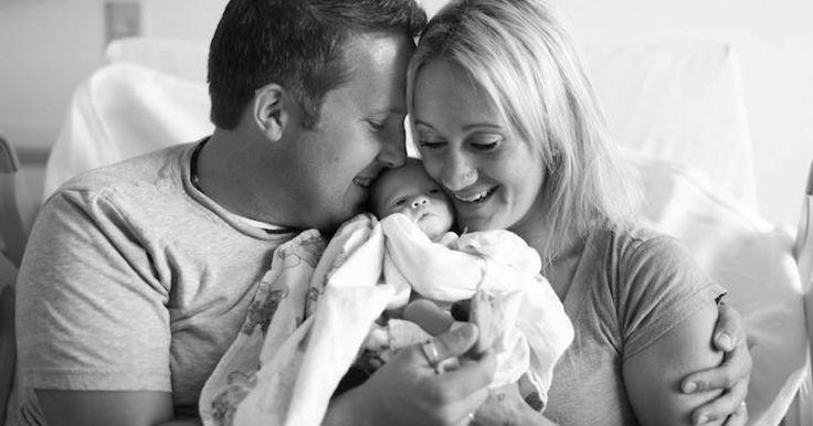 Obrazom: Pozrite si dojímavé fotografie rodičov, ktorí prvýkrát uvideli adoptovanú dcérku: http://www.dobrenoviny.sk/c/52389/dojimave-fotografie-rodicov-ktori-prvykrat-uvideli-adoptovanu-dcerku  #rodina #family #adopcia #adoption #adoptedbaby #dieťa