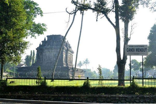 Tempat Wisata Candi Mendut Yang Kaya Akan Sejarah