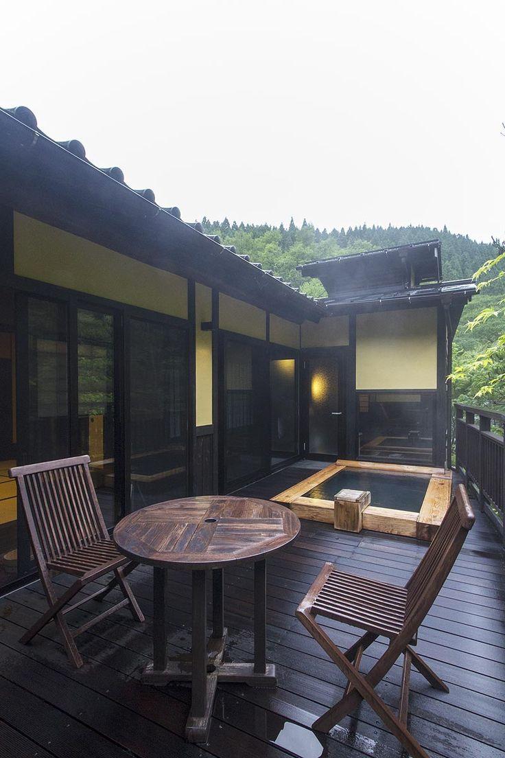 一度は行きたい!客室露天風呂が素敵すぎる、九州の「至極の温泉宿」13選