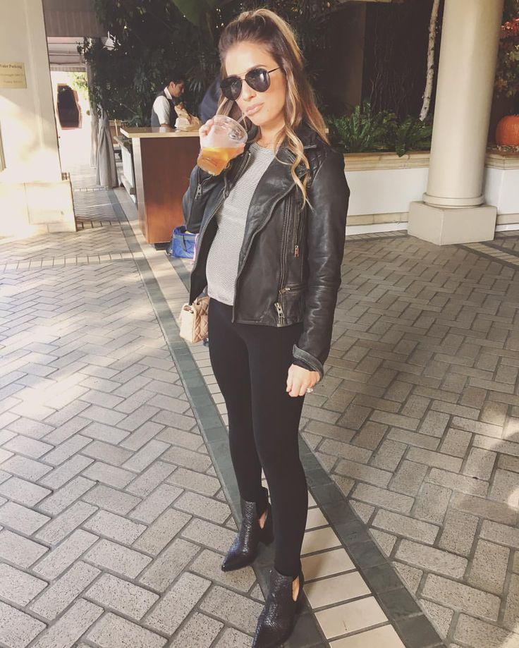 "35k Likes, 161 Comments - Jessie James Decker (@jessiejamesdecker) on Instagram: ""Bumpin along! #pressweek #southerngirlcitylights"""