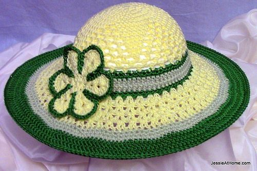 Be-A-Start-Child's-Sun-Hat-Free-Crochet-Pattern-Tahki-Cotton-Classic