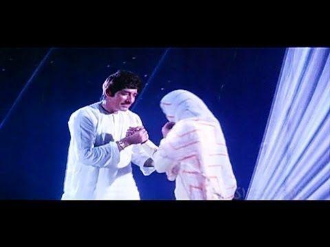 ▶ Chalo Dildar Chalo Chaand Ke Paar - Meena Kumari - Raj Kumar - Pakeezah - Old Hindi Song - YouTube