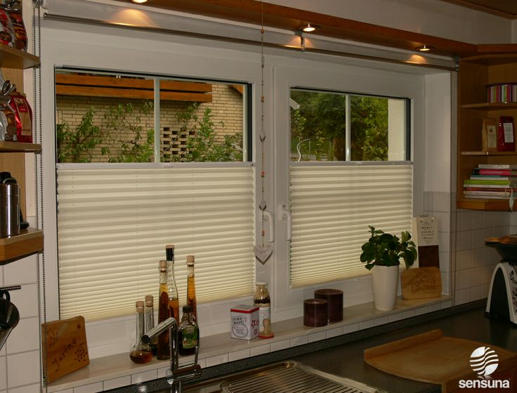 Plissee Rollos in der Küche / pleated blinds in the kitchen