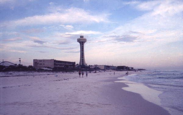 Beach View Of The Observation Tower At The Miracle Strip Amusement Park In Panama City Panama City Panama Beach View Tower