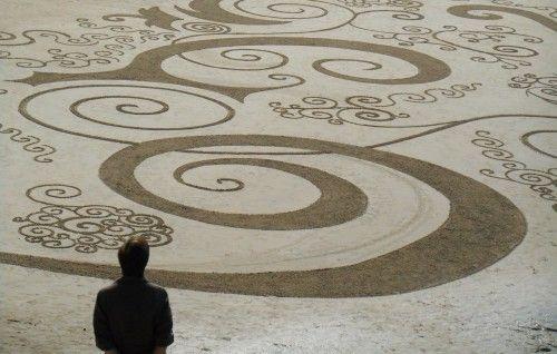 patelgé,land art,rake art,beach art,sand art,dessins sur le sable,dessins au râteau,art contemporain,art plage,festival de l'estran,trégastel 2014,frisottis et arabesques,spirales,grève blanche,bretagne,côtes d'armor,côte de granit roe