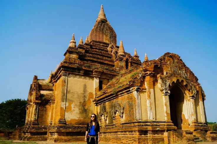 Exploring the many temples at Bagan -  Myanmar  travel traveling backpacking wanderlust digitalnomad digital nomad travelcouple travellove aroundtheworld