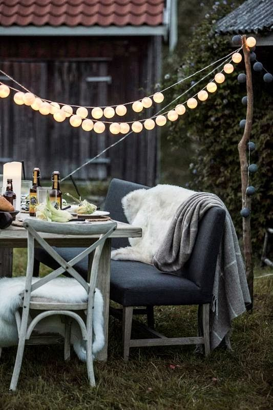 old wood, farm, outdoor party, Home and Cottage, Tinde langbord, Romi stol, furniture, Alexander spisestuesofa