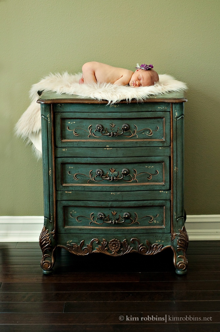 I like this, both for the cute baby and also I love this color of the dresser.