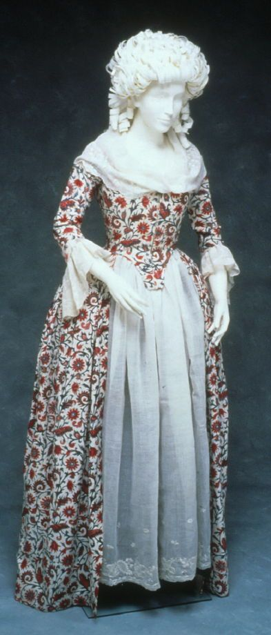 Robe à l'Anglaise, The Netherlands, c. 1780. Mordant resist dyed cotton muslin in polychrome allover floral pattern.