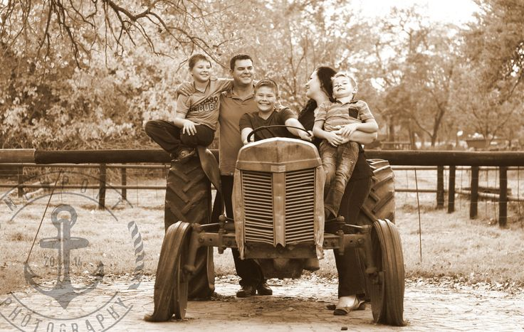 Newport Photography - Stumke Family Farm Session