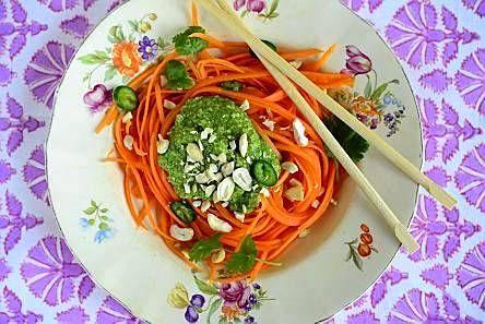 Porkkanapasta ja korianteripesto