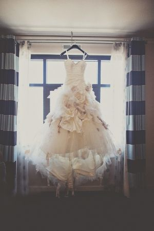 flower bomb wedding dresses