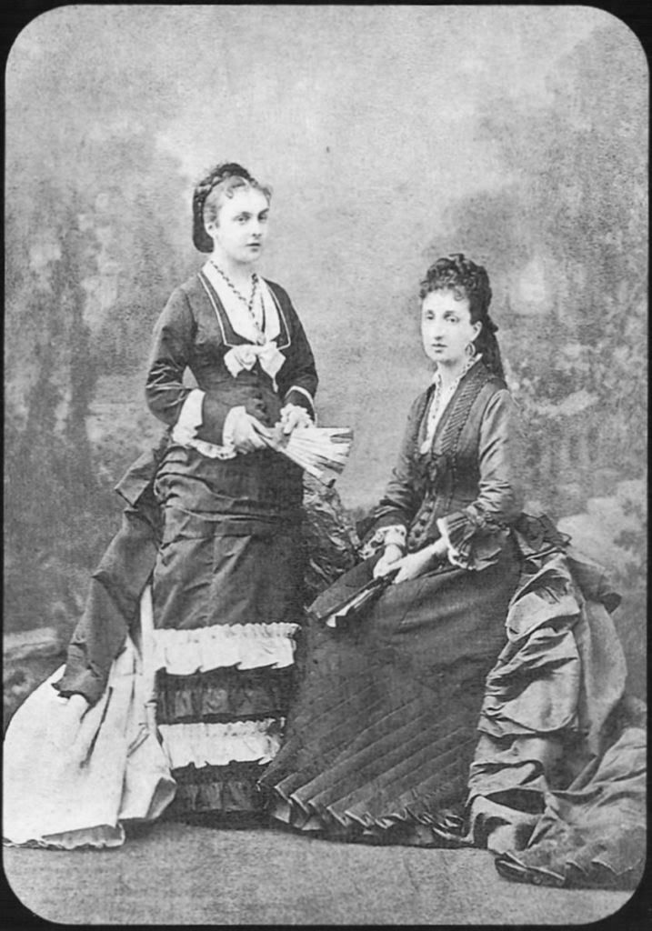 Mercedes and Maria Cristina of Orleans.