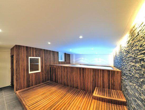 thuis spa wellness met zwembad en sauna