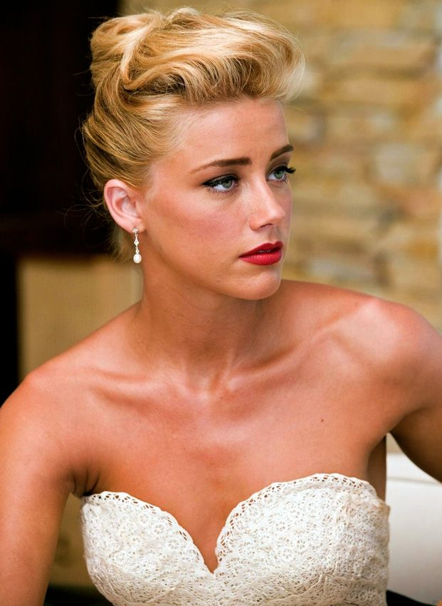 amber heard hair pinup | 28-Amber Heard-Rum Diaries