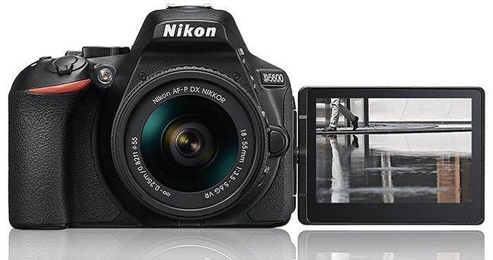 Surprinde cele mai impresionante cadre cu Nikon D5600, senzor 24.2 Mpx, focalizare 39 de puncte, Ecran LCD cu Touchscreen. Vezi aici review si pret!