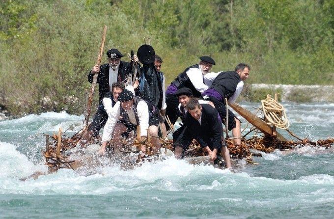 Nabateros del Sobrarbe, cabalgando el río Cinca #tradición