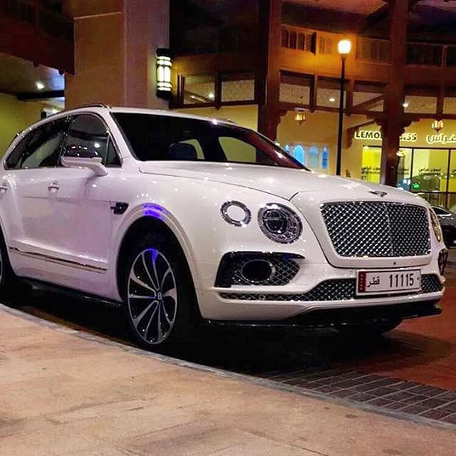 1000+ Ideas About Bentley Suv On Pinterest