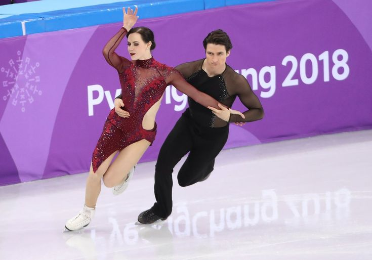 Tessa VIrtue and Scott Moir perform their Tango de Roxanne Free Dance during the Team competition. They earned a perfect 10 points and a monster score of over 118, beating the second place Shibutanis by 6 points.
