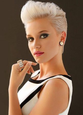 pixie hair style best 25 pixie faux hawk ideas on pixie mohawk 1818