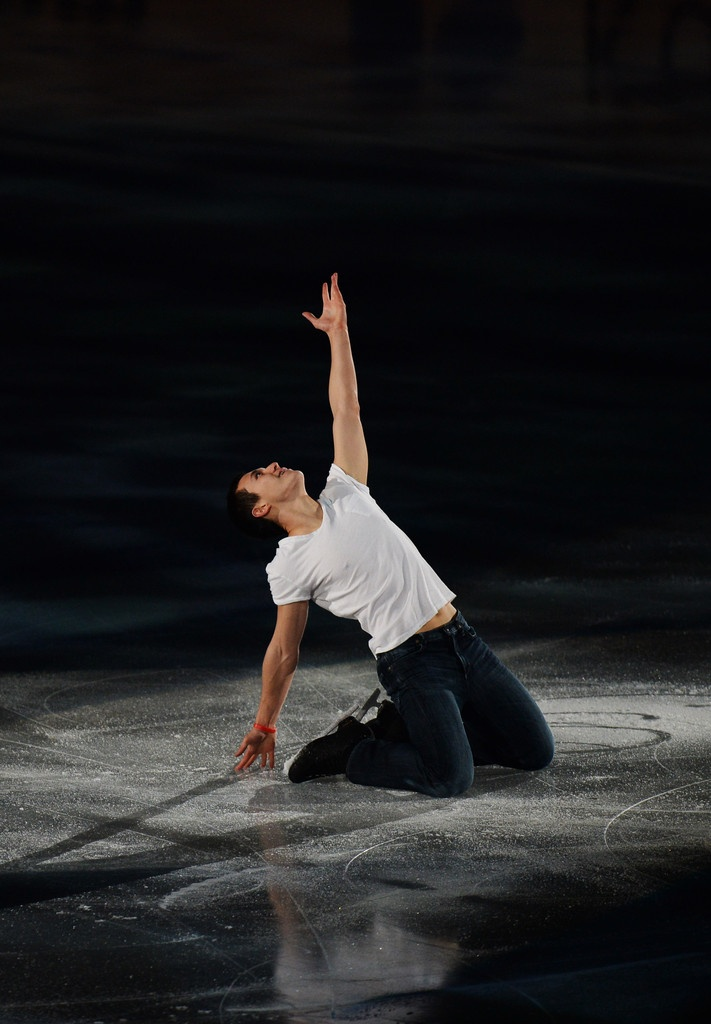 Patrick Chan skating to his gala program, 'Mannish Boy' by Muddy Waters, at the 2013 ISU World Team Trophy in Tokyo, Japan.