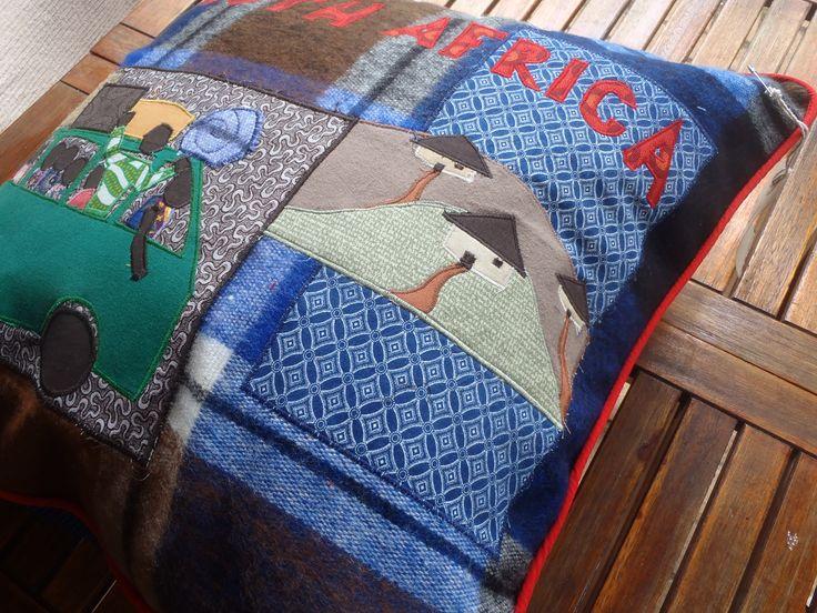Cushion by igoti