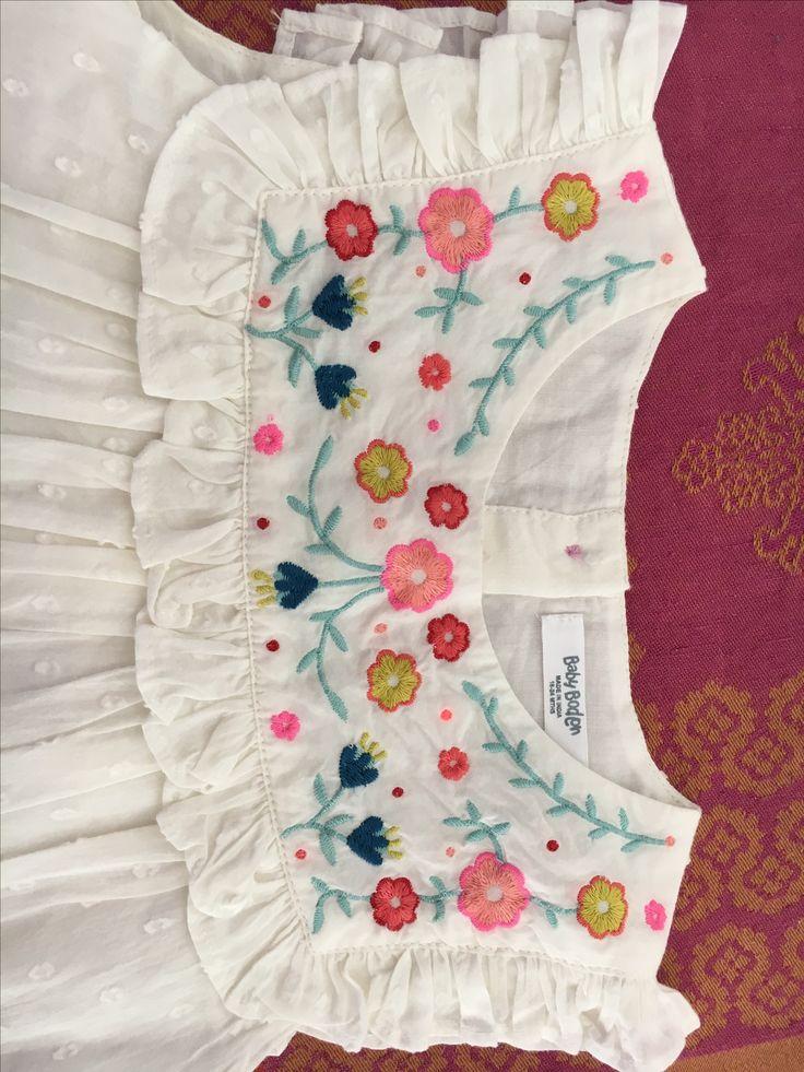 pingl par anju pathade sur embroidery pinterest broderie couture enfant et v tements brod s. Black Bedroom Furniture Sets. Home Design Ideas
