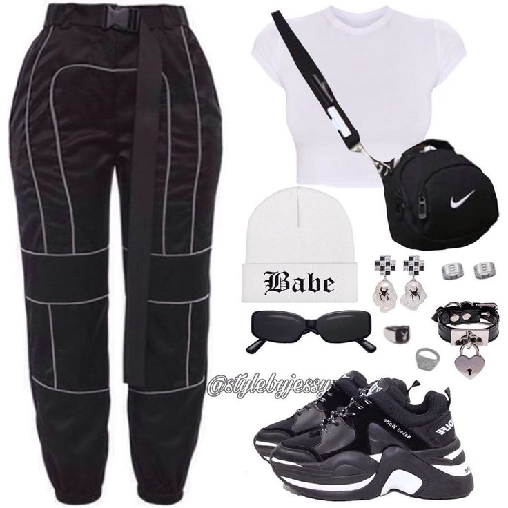 Basic black and white 'fit