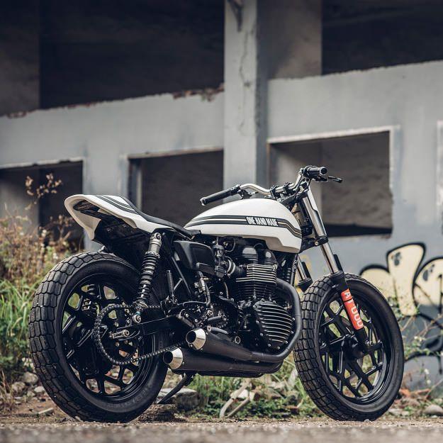 1000 ideas about triumph thruxton 900 on pinterest triumph bonneville triumph motorcycles. Black Bedroom Furniture Sets. Home Design Ideas