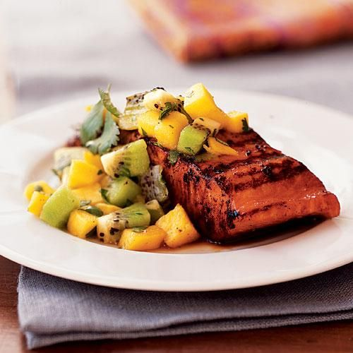 Once you've tried this Marinated Salmon with Mango-Kiwi Relish, it will become a summer staple in your home. #fruit #marinated #salmon