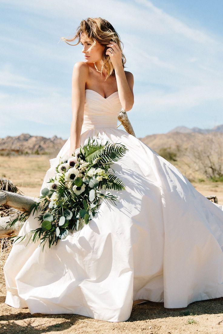 Lea-Ann Belter Braut. Schöne, zeitlose Silhouetten, luxuriöse