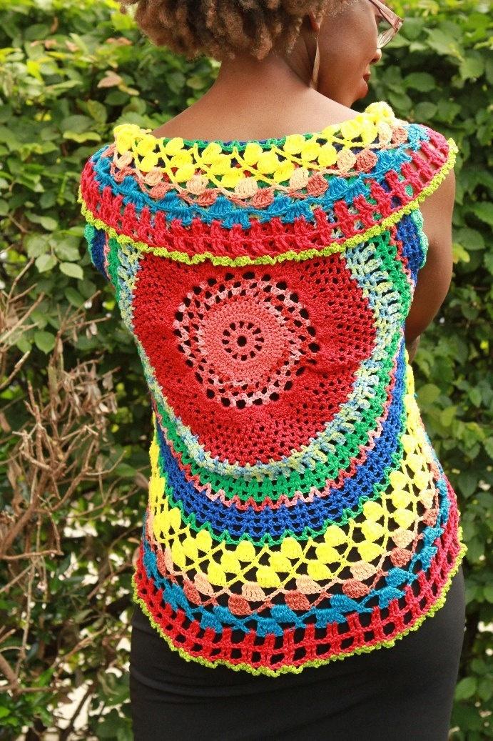 Handmade Crochet top, colourful summer tones, mercerized cotton yarn, S to M. €90,00, via Etsy. ✿⊱╮Teresa Restegui http://www.pinterest.com/teretegui/✿⊱╮