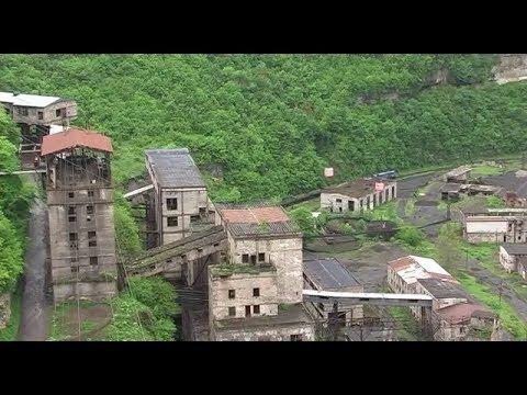 """Video """"My Pride"""" in der Hauptstadt der Seilbahnen.... Chiatura, Transkaukasien. Viel der über 60 errichteten Seilbehnen sind noch immer in Betrieb, von Stalin errichtet für die Ewigkeit.... #Chiatura #Georgien #Seilbahn #Stalin #Ewigkeit"""