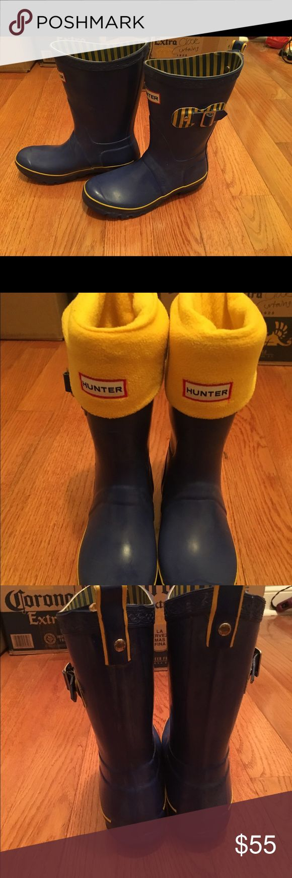 Hunter Limited Edition Stripped boots 6m wellies Limited edition hunter wellies short style boots.  Blue with yellow detailing - stripped lining and gusset detailing.  Includes yellow fleece boot socks.  Used. Hunter Boots Shoes Winter & Rain Boots