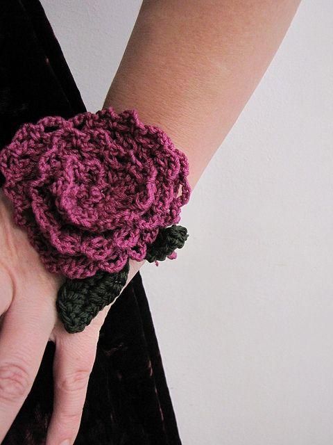 lace crochet rose