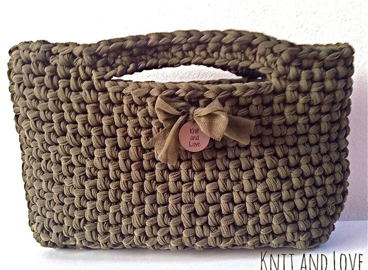 EASY CROCHET BAG MADE WITH FETTUCCIA ENGLISH SUBTITLES