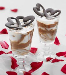 White and Dark Chocolate Mousse: A perfect combo of white and milk chocolate in a creamy, easy dessert that looks amazing! Sure to impress. http://www.cadburykitchen.com.au/recipes/view/white-and-dark-chocolate-mousse/3/#