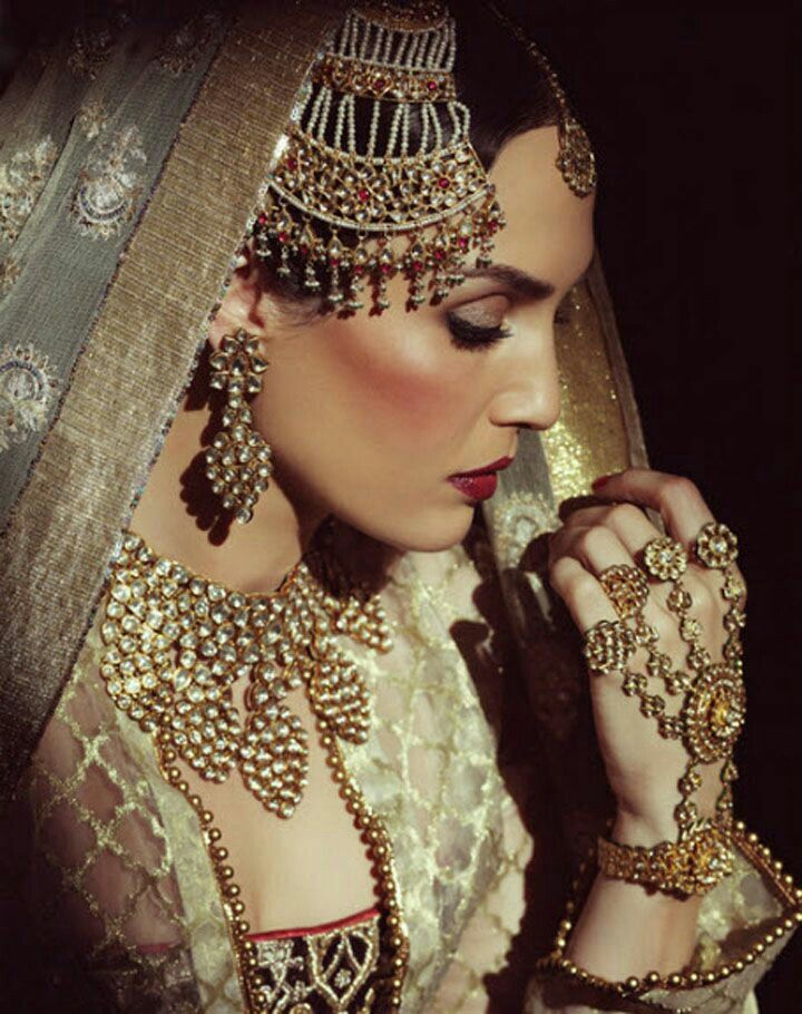 17 best Jewellery / Mughal Era Inspired!!! images on Pinterest ...