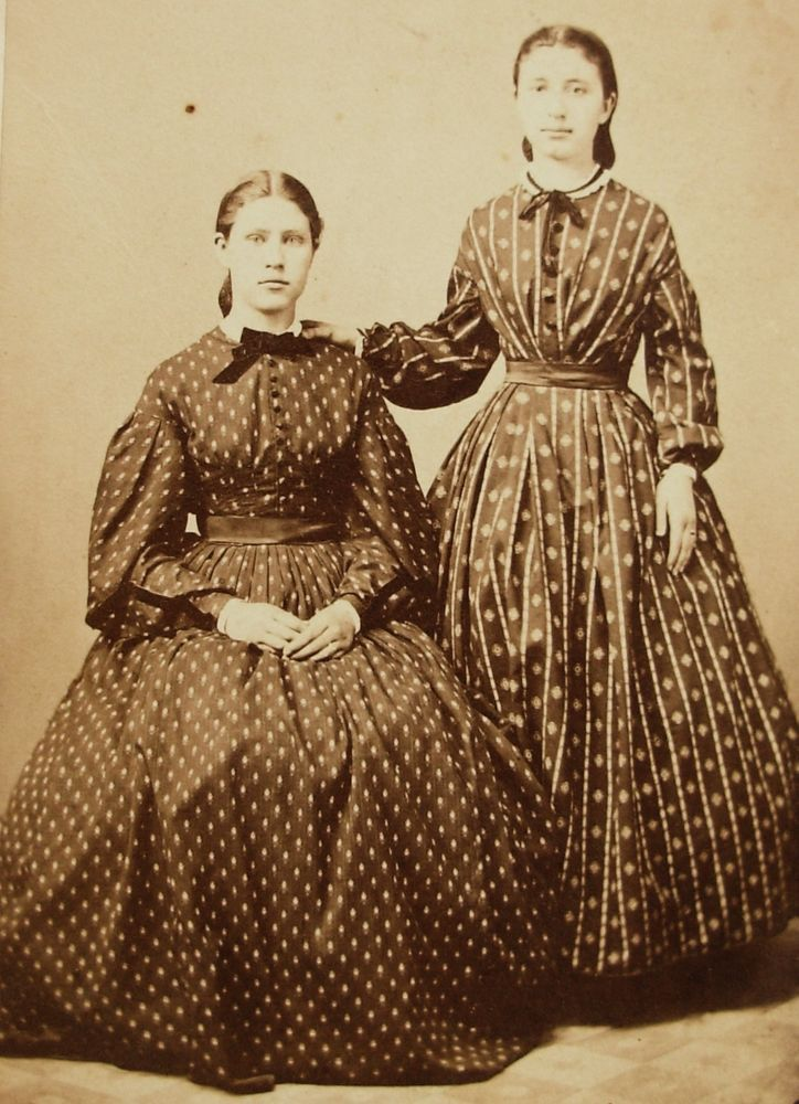 CIVIL WAR ERA CDV PHOTO 2 YOUNG WOMEN IN HOOP DRESSES SPRINGFIELD OH TAX STAMP
