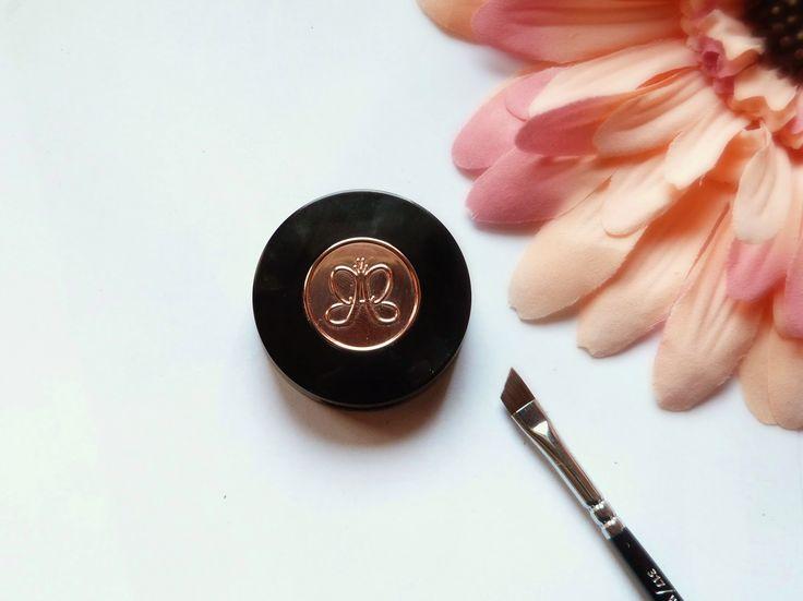 Comment venir à la rescousse de vos sourcils clairsemés ? Les produits Anastasia Beverly Hills !