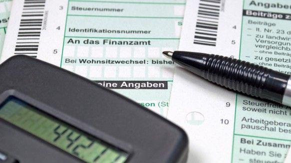 Steuererklärung: Die wichtigsten Fragen beantwortet im aboalarm Blog!