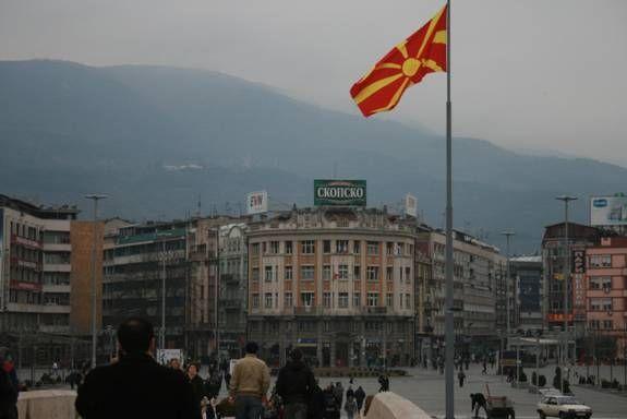 """Η διαδικασία """"Ισλαμοποίησης"""" των Σκοπίων-ΠΓΔΜ, βρίσκεται σε πλήρη εξέλιξη, ταυτόχρονα με την """"Ντε Φάκτο"""" Αλβανοποίηση της χώρας.Μεταξύ 2000 και έως τη σήμερον,περί τα 450 τεμένη έχουν ανεγερθεί στη χώρα αυτή,εκ των οποίων τα 150 στην πρωτεύουσα τα Σκόπια...."""