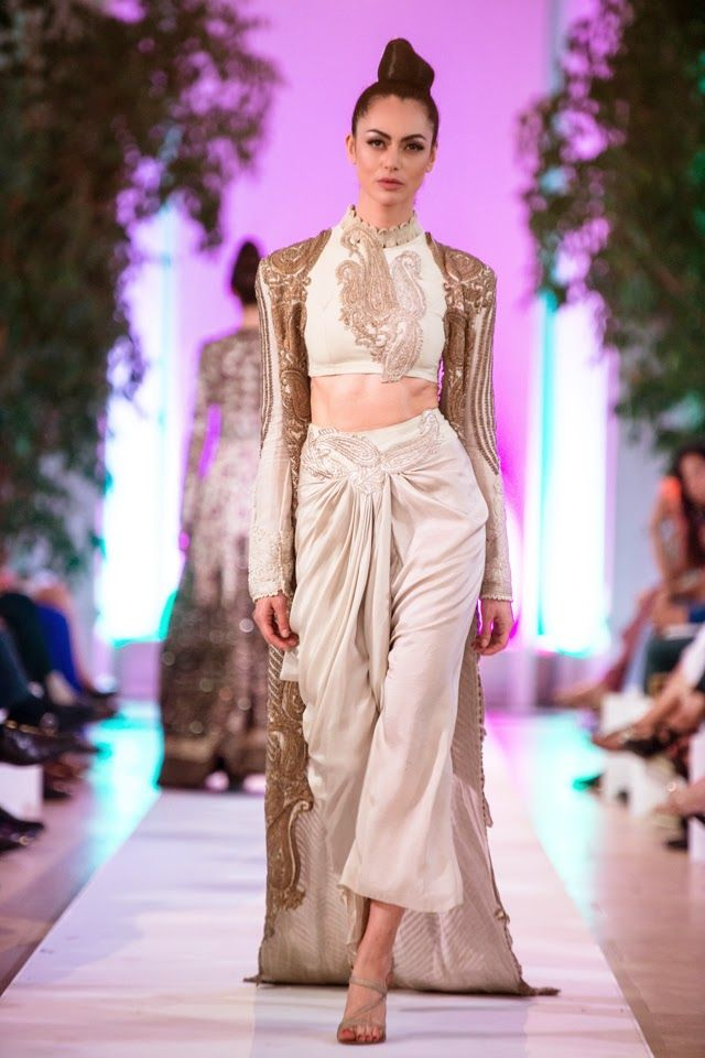 Anamika Khanna Couture Collection at Fashion Parade 2014