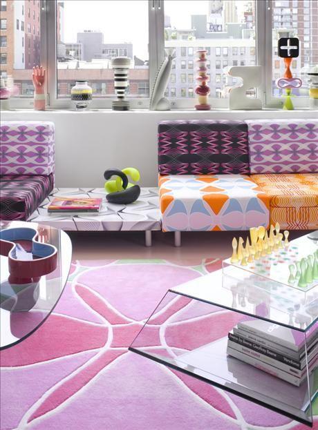 Karims värld är hämtad direkt ur cyberspace, befolkad av piggt färgade individer som bär underliga n...: Bold Patterns, Living Rooms, Colors Mixed, The Colors, Future House, Interiors Design, Patterns Plays, Karim Rashid Interiors, Pon Colors