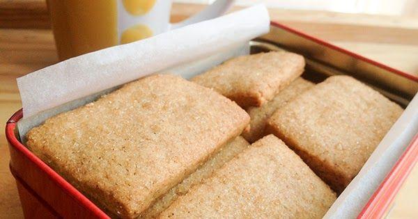 Receta de las típicas galletas napolitanas de toda la vida, las de canela, versión casera. Más fácil imposible.