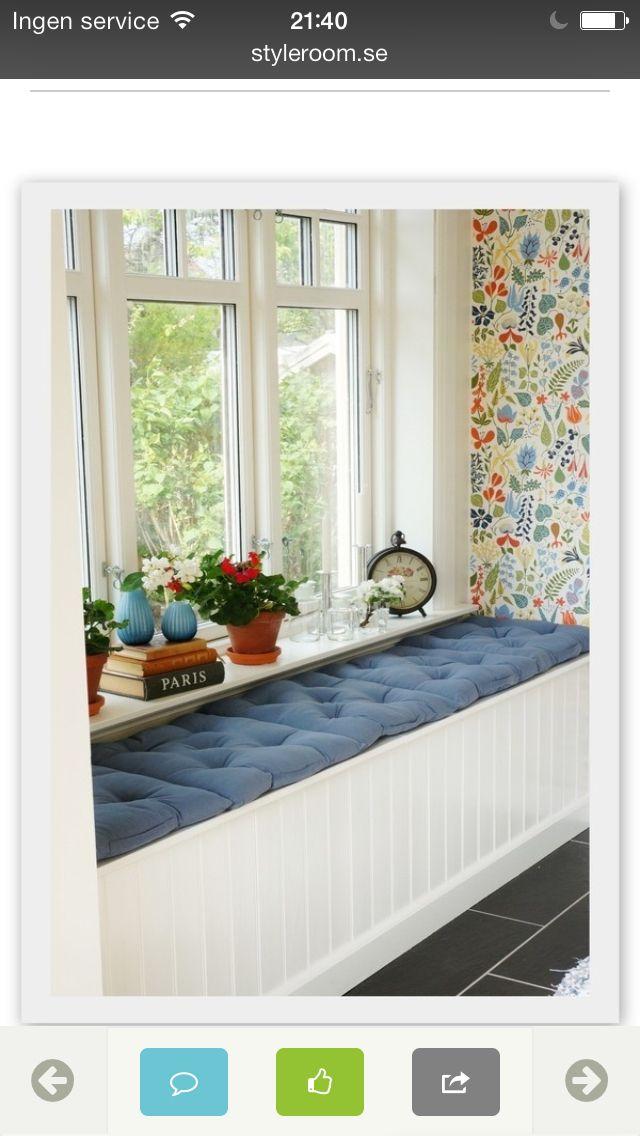 Platsbyggd förvaring hall http://www.styleroom.se/album/39115