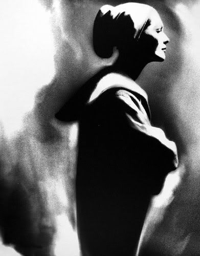 Photographed by Lillian Bassman.