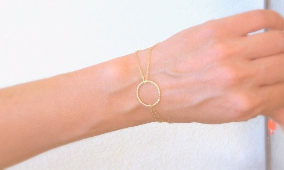 Bracelet en or, bracelet rond, bracelet petit cercle, bracelet Karma, bracelet or fin, délicat bracelet en or, bracelet or