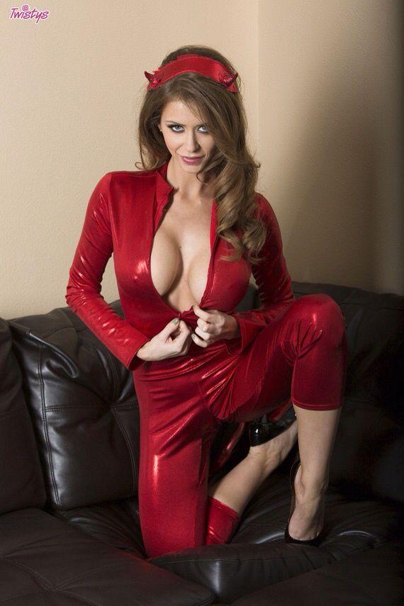 dina jewel porno læder catsuit