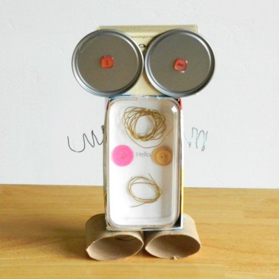 9 best images about robot on pinterest recycled materials robots and toys - Plastic bottles recycling ideas boundless imagination ...